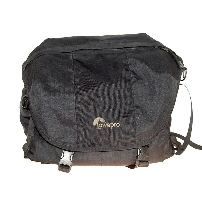 Lowepro Stealth Reporter 600AW Thumbnail Image 0