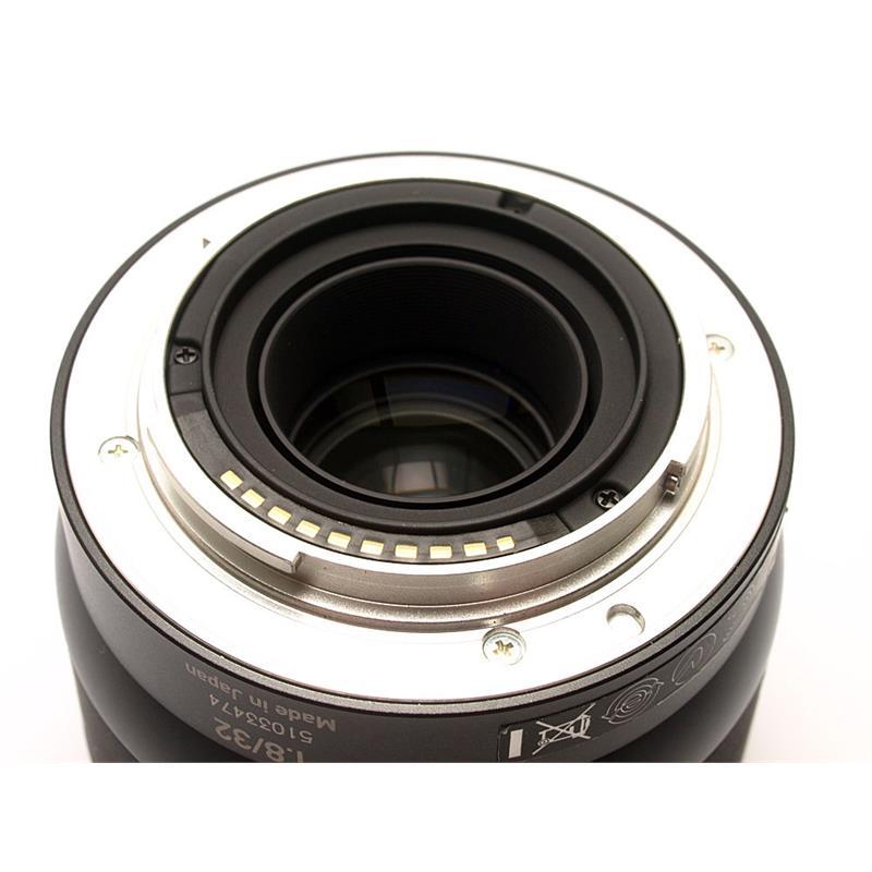 Zeiss 32mm F1.8 Touit - Sony E Thumbnail Image 2