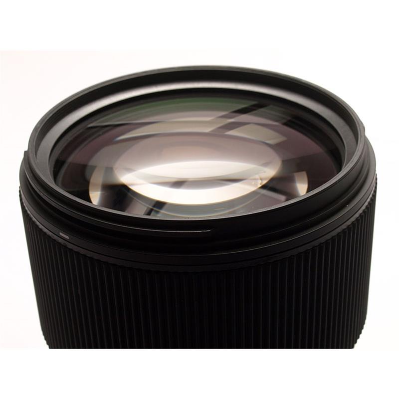 Sigma 135mm F1.8 DG HSM Art - Sony E Thumbnail Image 1