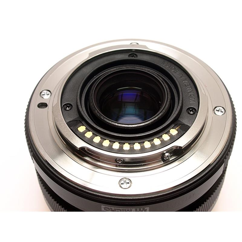 Olympus 17mm F1.8 M.Zuiko Black Thumbnail Image 2