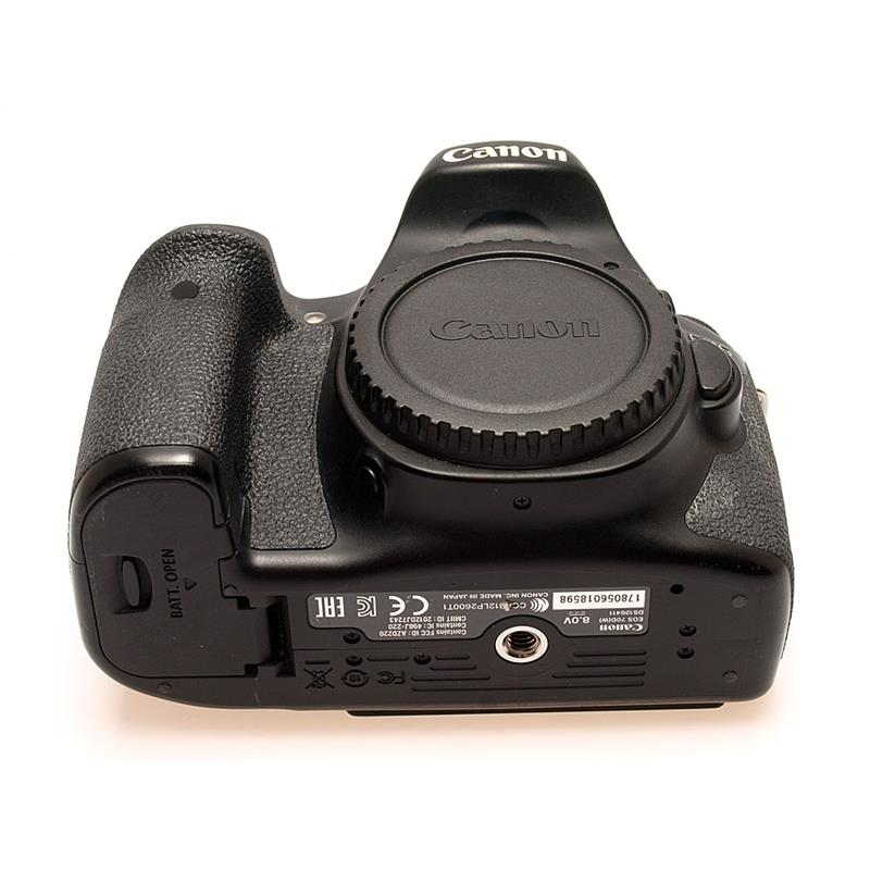 Canon EOS 70D Body Only Thumbnail Image 2