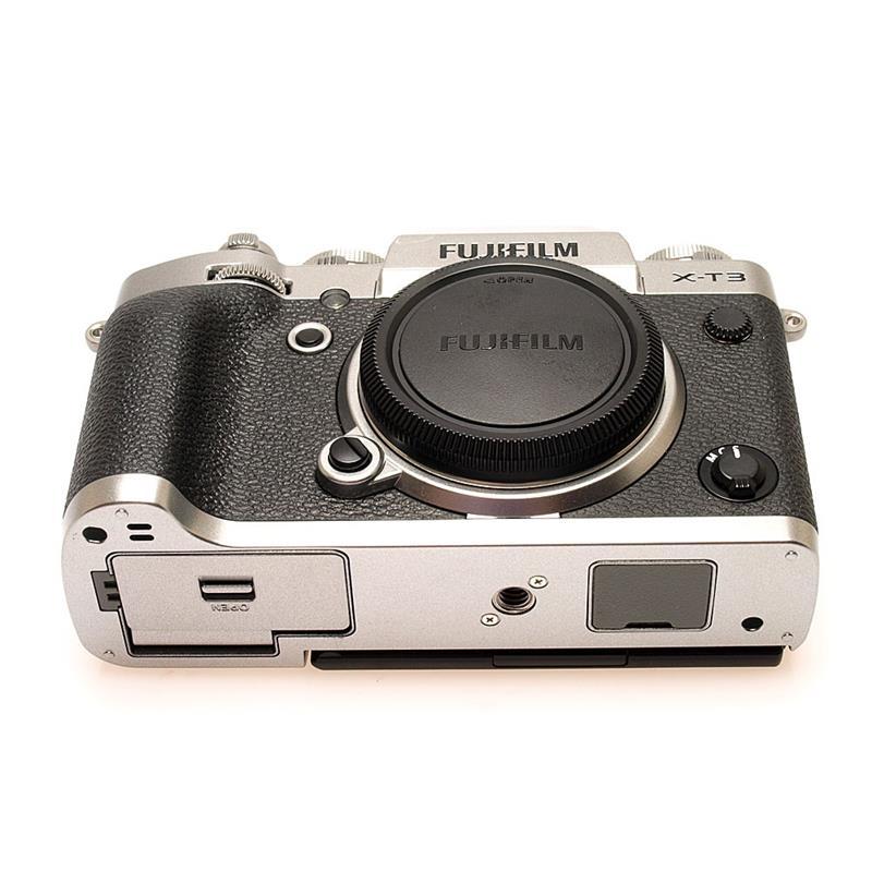 Fujifilm X-T3 Body Only - Silver Thumbnail Image 2