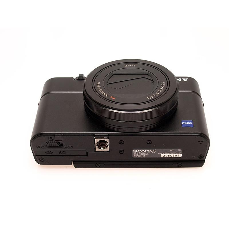 Sony DSC RX100 III Thumbnail Image 2