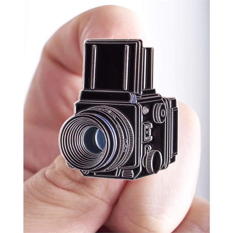 Offcial Exclusive Mamiya RZ67 - Pin Badge Image 1