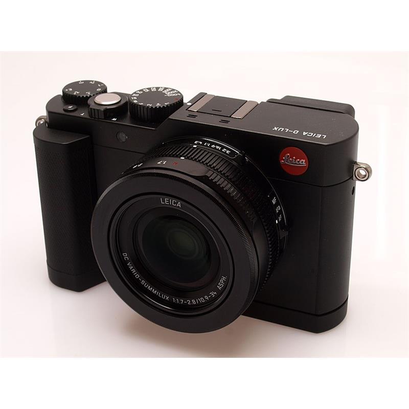 Leica DLux (Typ 109) + Handgrip Thumbnail Image 0