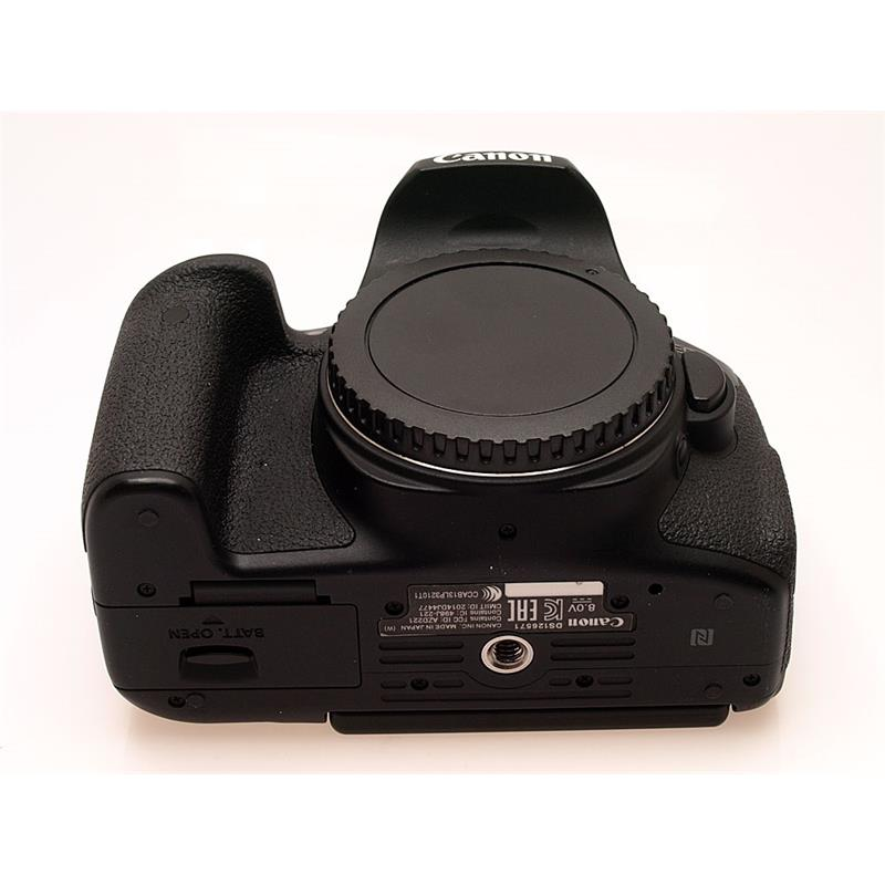 Canon EOS 750D Body Only Thumbnail Image 2