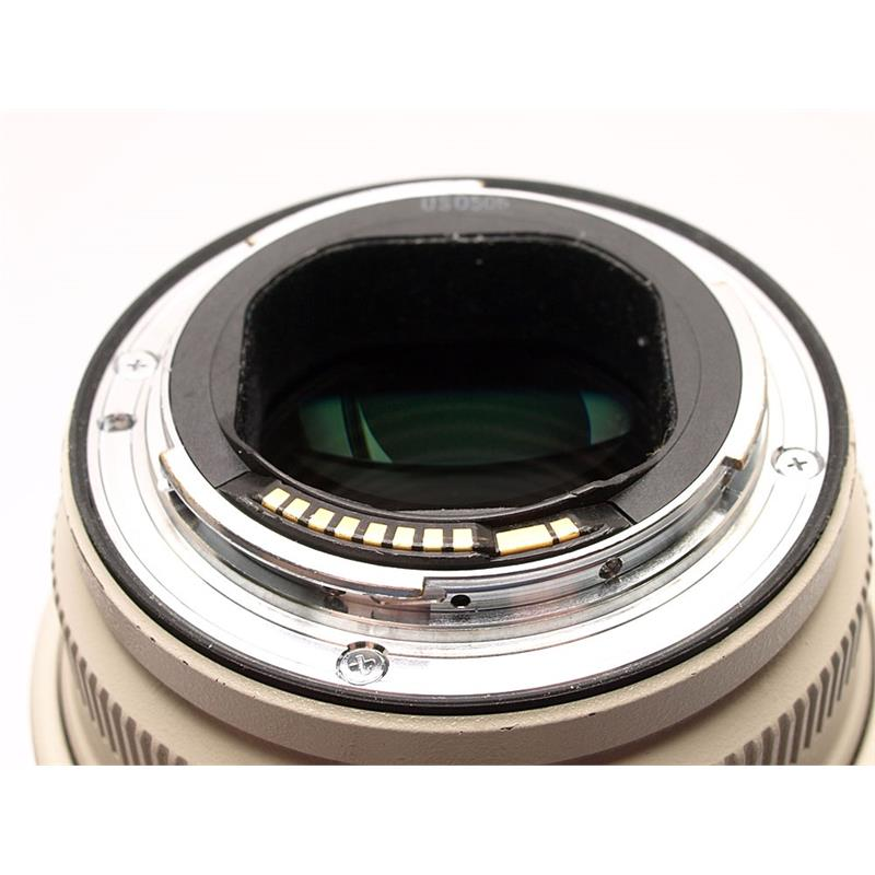 Canon 70-200mm F2.8 L IS USM Thumbnail Image 2