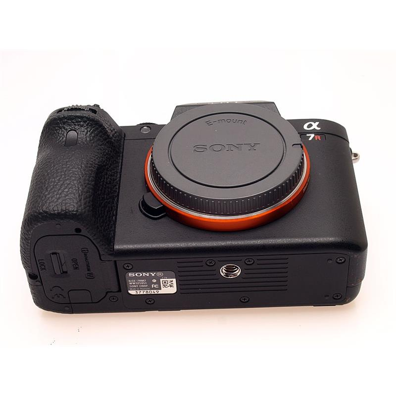 Sony Alpha 7R II Body Only Thumbnail Image 2