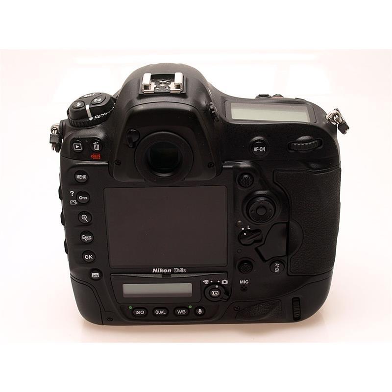 Nikon D4S Body Only Thumbnail Image 1