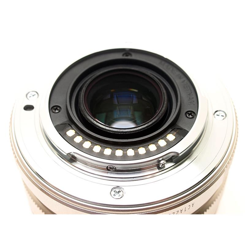 Olympus 17mm F1.8 M.Zuiko Silver Thumbnail Image 2