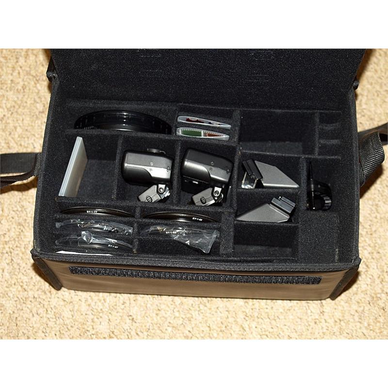 Nikon SB-R1 Speedlight Close Up Kit Thumbnail Image 1