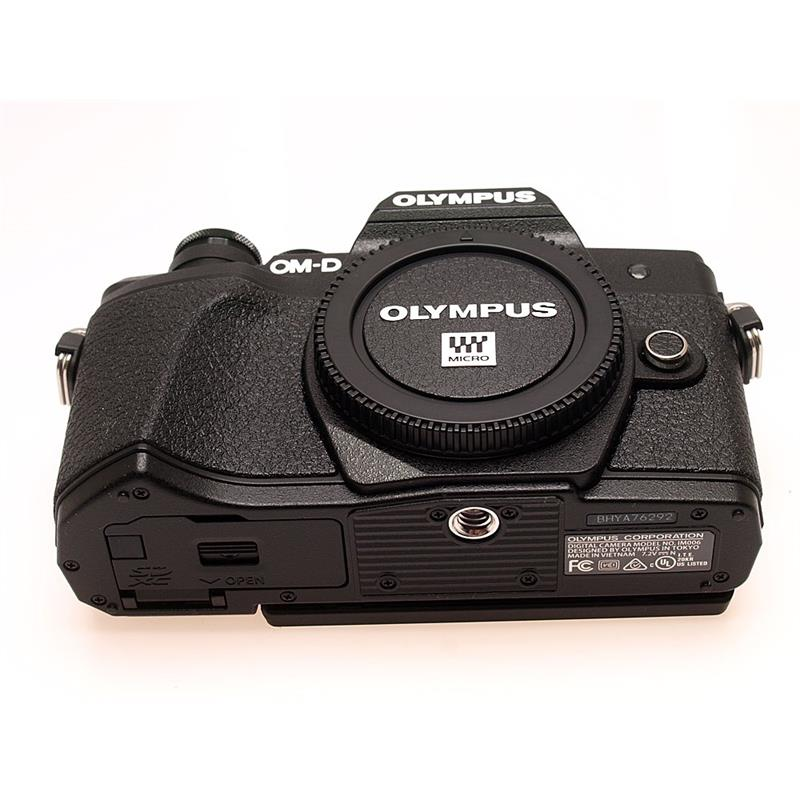 Olympus OM-D E-M10 III Body Only - Black Thumbnail Image 2