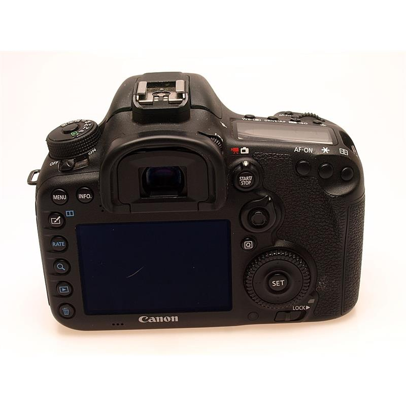 Canon EOS 7D II Body Only Thumbnail Image 1