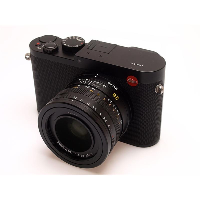 Leica Q (Typ 116) + Accessories - Black Thumbnail Image 0
