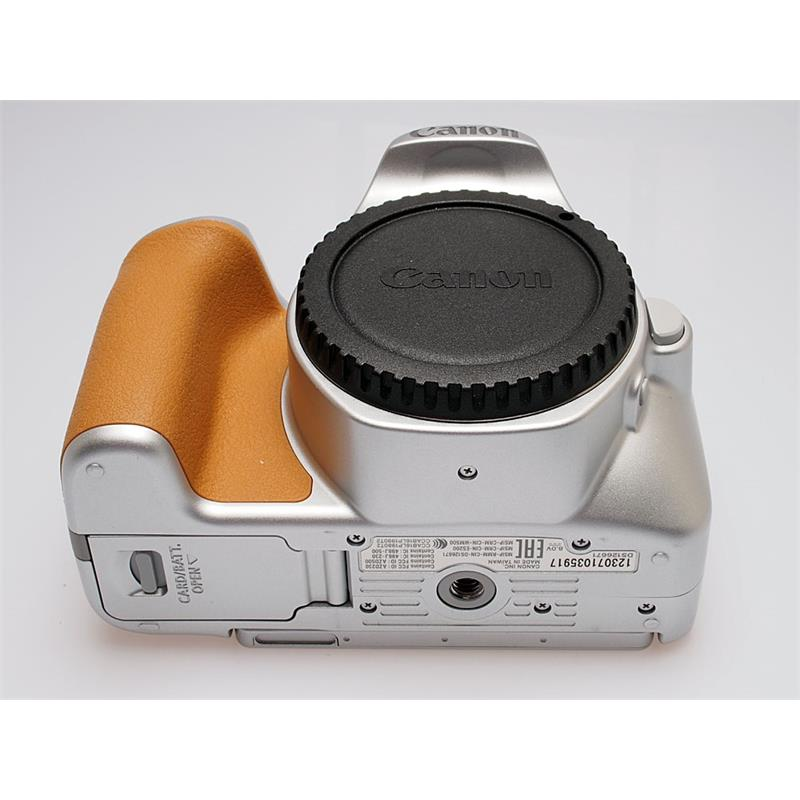 Canon EOS 200D Body Only Thumbnail Image 2