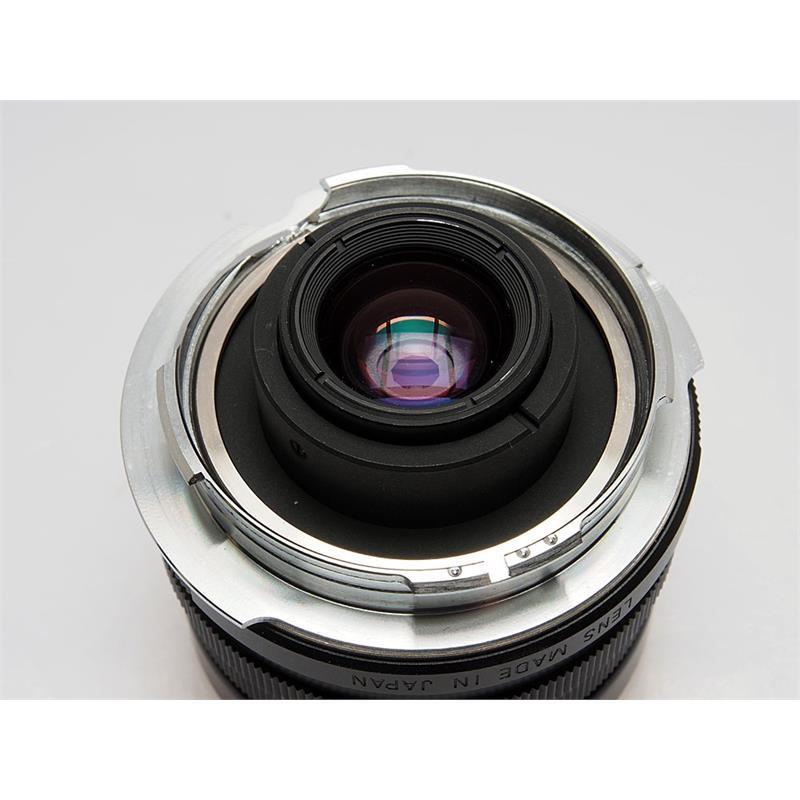 Voigtlander 15mm F4.5 + Finder Thumbnail Image 2