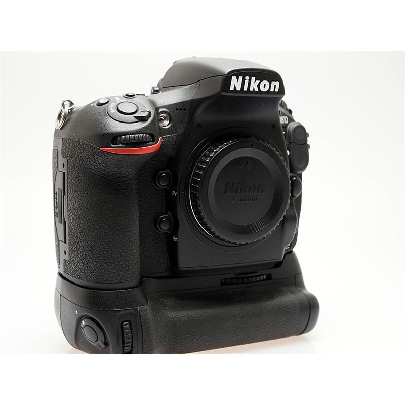 Nikon D810 Body + MB-D12 Grip Thumbnail Image 0