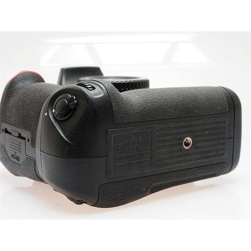 Nikon D810 Body + MB-D12 Grip Thumbnail Image 1