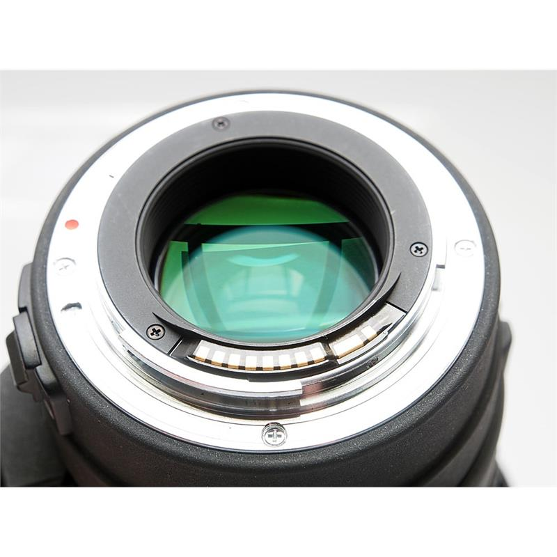 Sigma 70-200mm F2.8 Apo EX DG HSM - Canon EOS Thumbnail Image 2