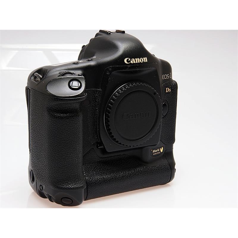 Canon EOS 1DS II Body Only Thumbnail Image 0