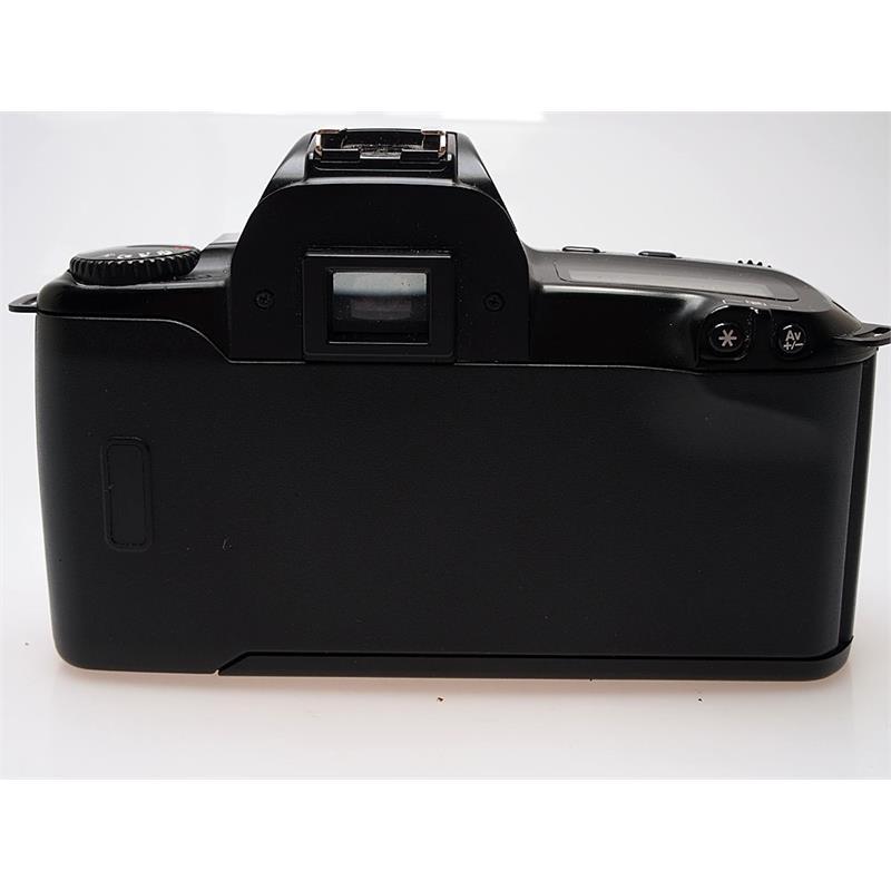 Canon EOS 500 Body Only Thumbnail Image 1