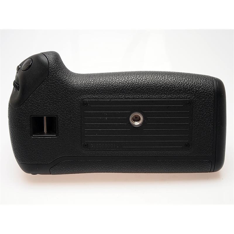Canon BG-E16 Battery Grip (7DII) Thumbnail Image 2