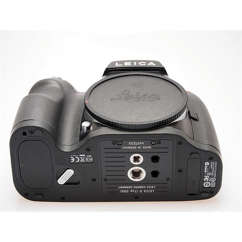 Leica S (Typ 006) Body Only Thumbnail Image 2