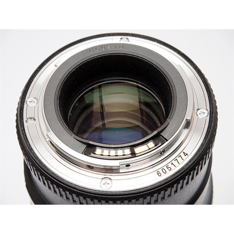 Canon 100mm F2.8 L Macro IS USM Thumbnail Image 2