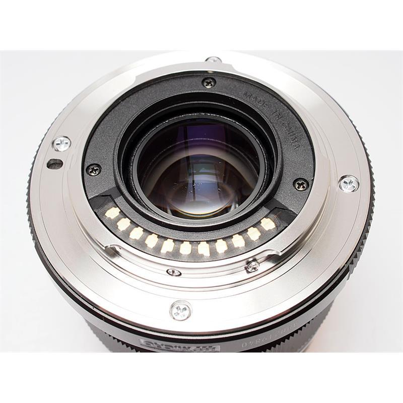 Olympus 12mm F2 ED M.Zuiko - Black Thumbnail Image 2