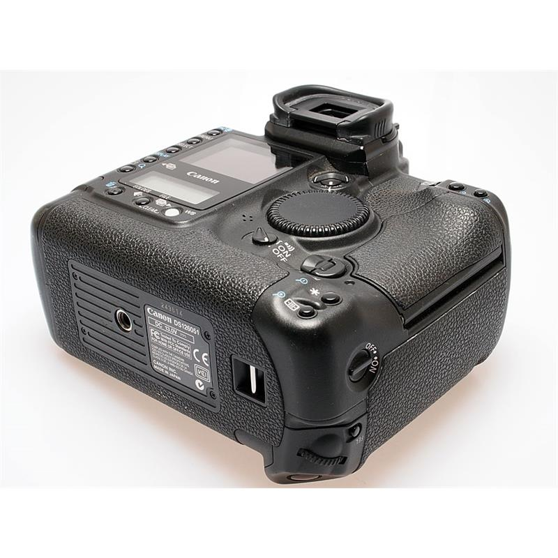 Canon EOS 1D II Body Only Thumbnail Image 2