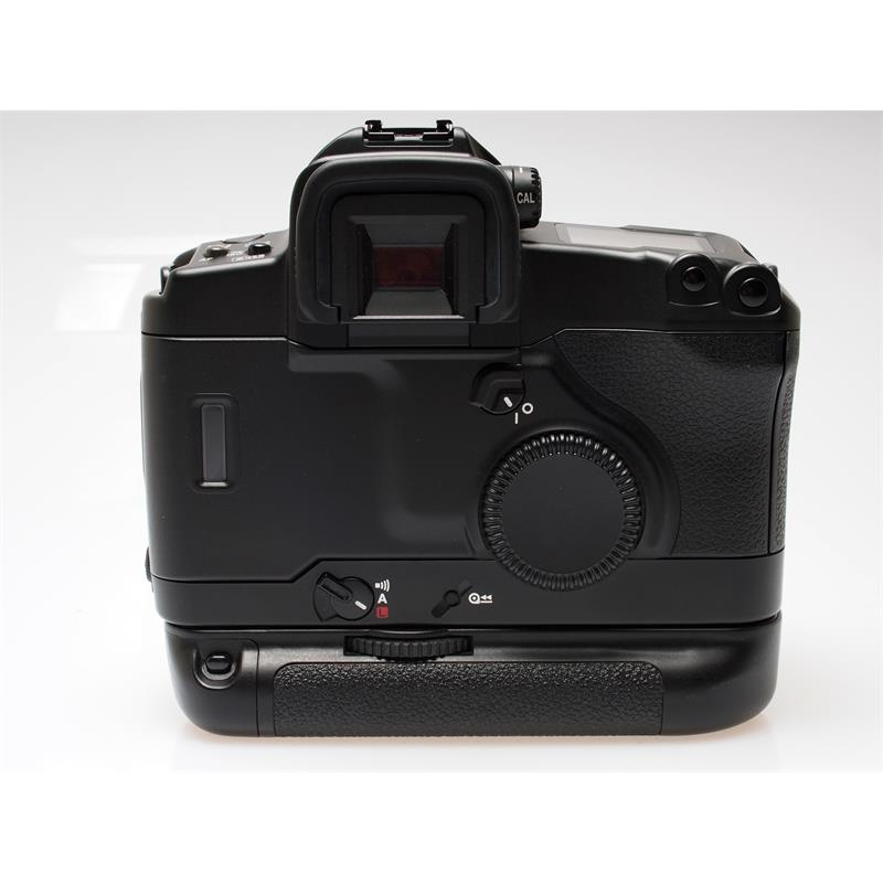 Canon EOS 3 + BP-E1 Battery Grip Thumbnail Image 1
