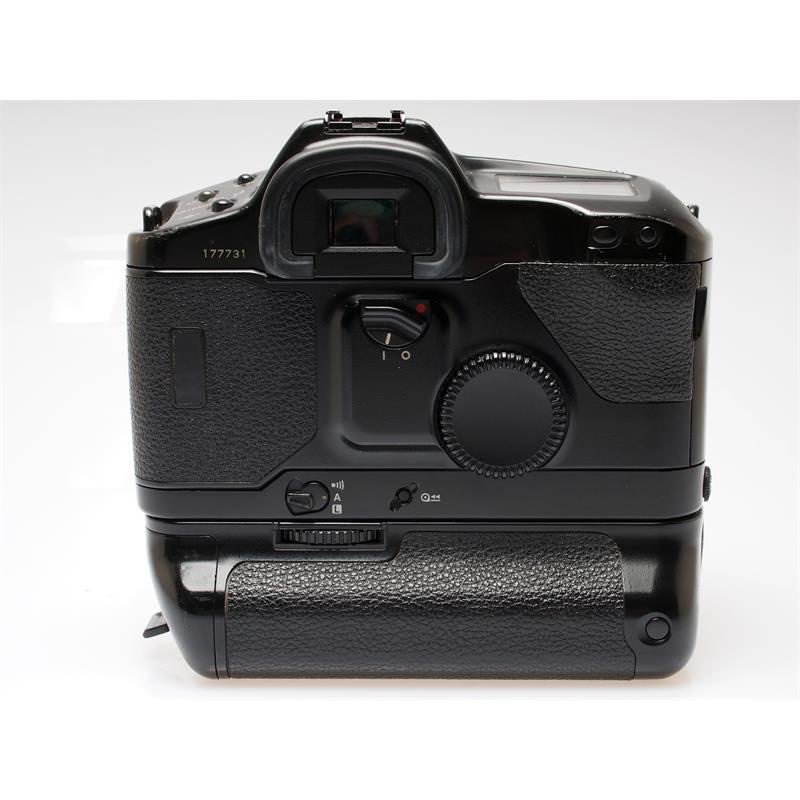 Canon EOS 1 + E1 Booster Thumbnail Image 1