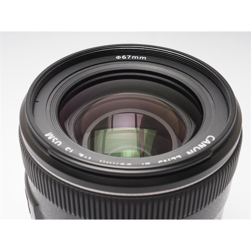 Canon 35mm F2 IS USM Thumbnail Image 1