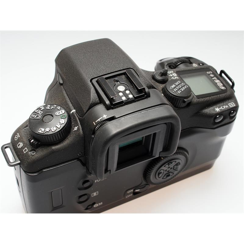 Canon EOS 30V Body Only Thumbnail Image 2