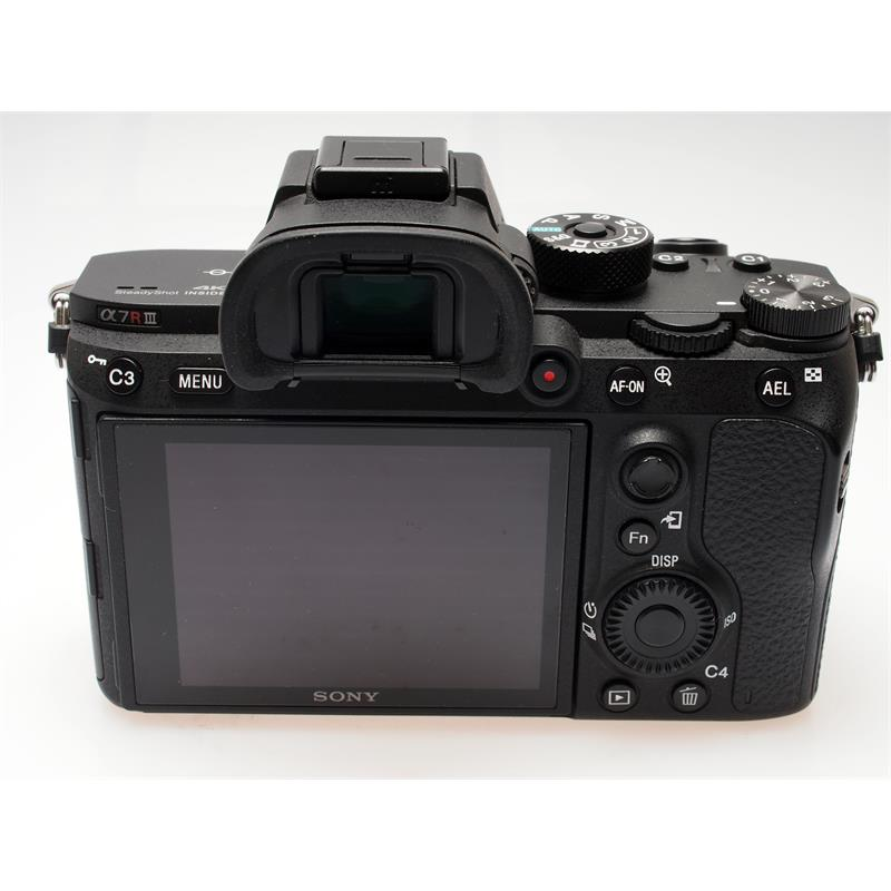 Sony Alpha A7R III Body Only Thumbnail Image 1