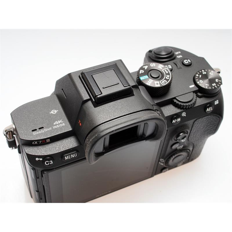 Sony Alpha A7R III Body Only Thumbnail Image 2
