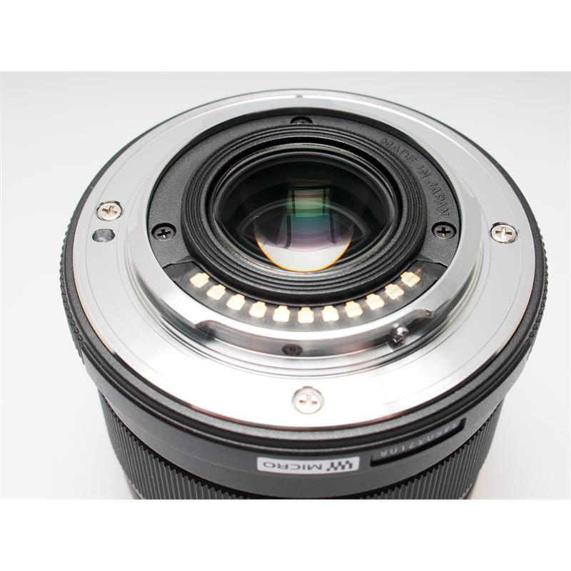 Olympus 25mm F1.8 M.Zuiko - Black Thumbnail Image 2