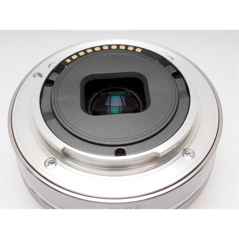 SONY 16mm F2.8 E Thumbnail Image 2
