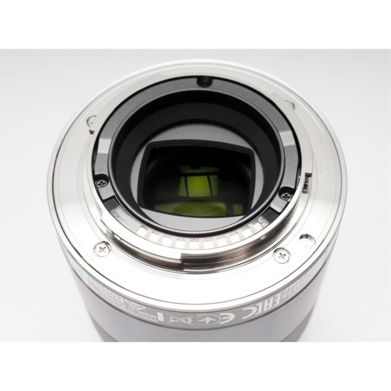 Sony 30mm F3.5 Macro E Thumbnail Image 2