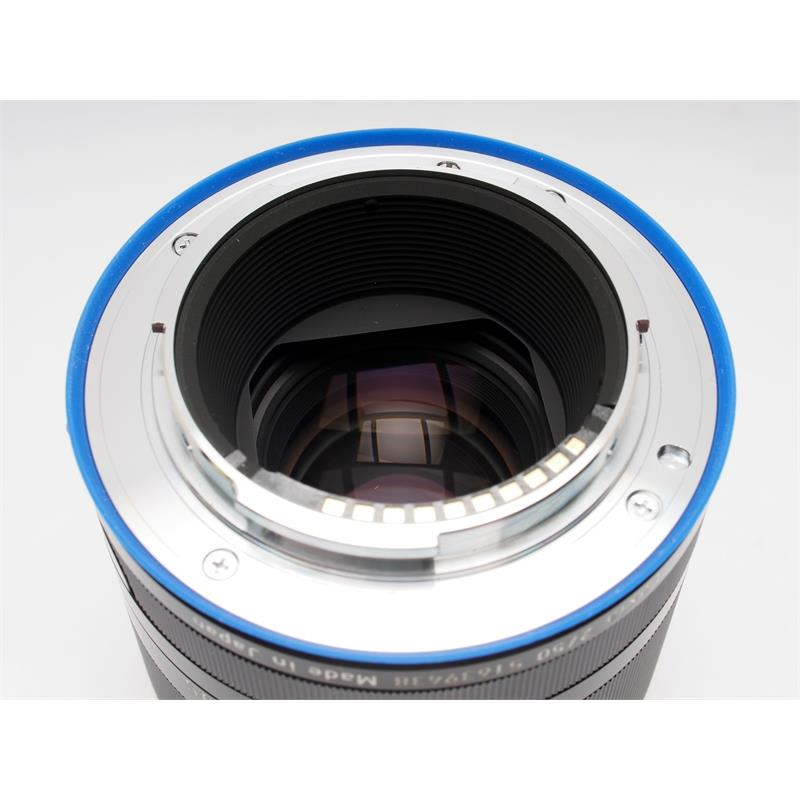 Zeiss 50mm F2 Loxia Planar T* - Sony E Thumbnail Image 2