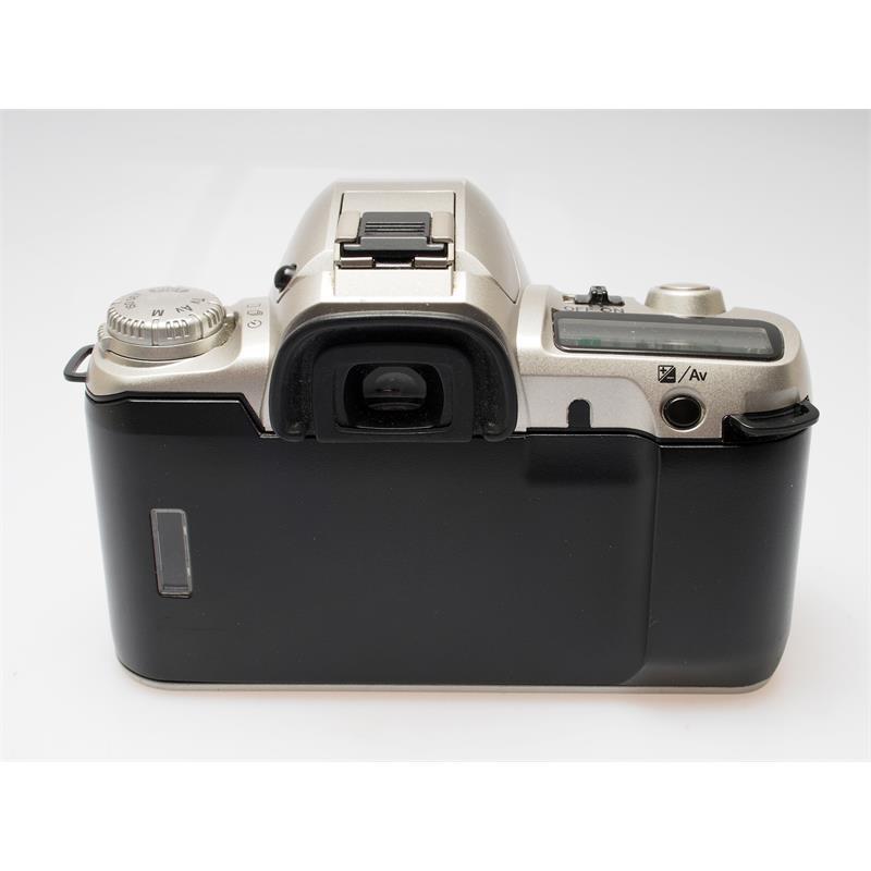 Pentax MZ50 + 35-80mm Thumbnail Image 1