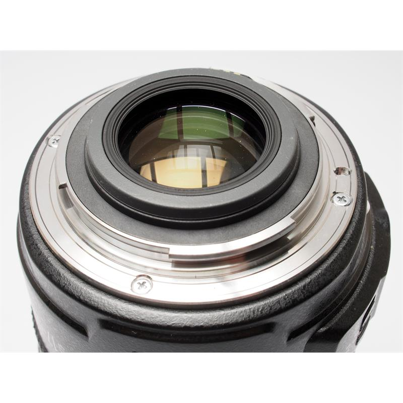 Canon 17-55mm F2.8 EF-S IS USM Thumbnail Image 2