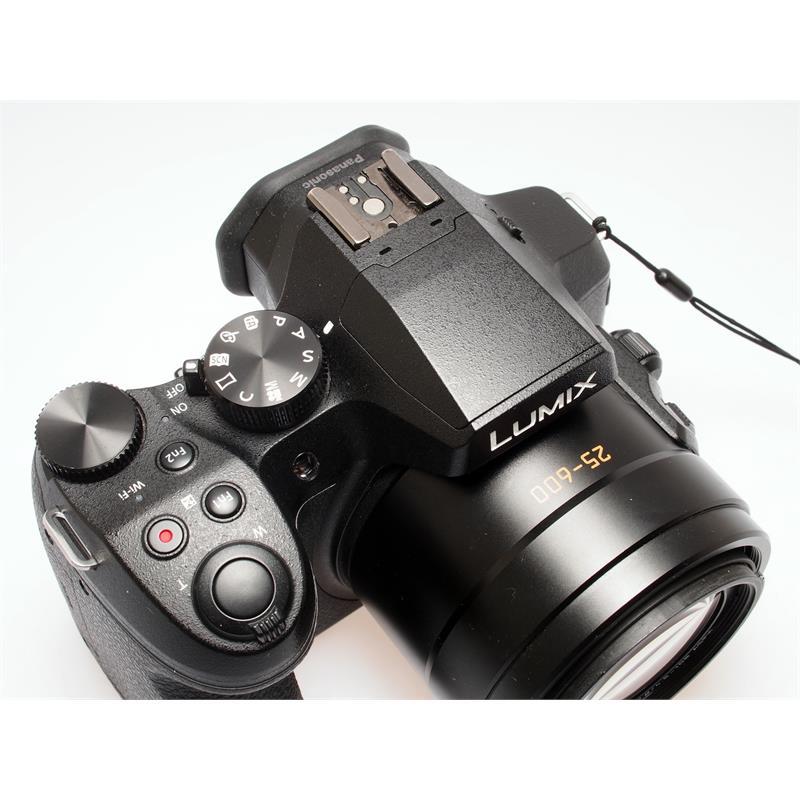 Panasonic DMC-FZ300 Black Thumbnail Image 1