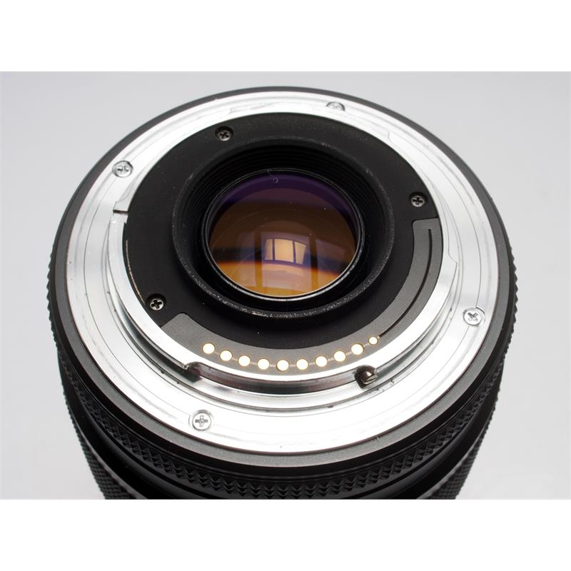 Contax 70-200mm F3.5-4.5 AF Thumbnail Image 2