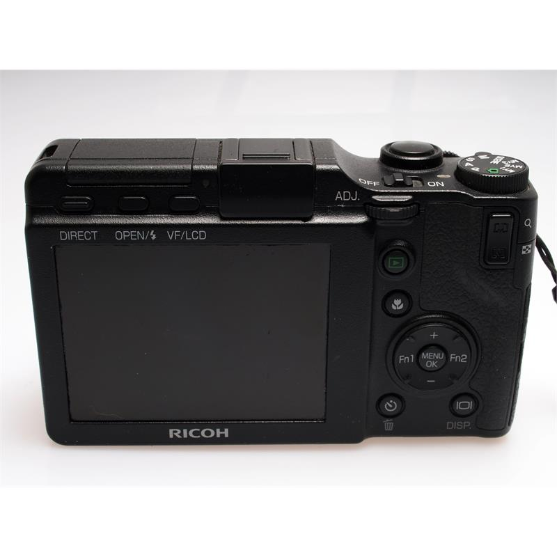 Ricoh GXR + 28-300mm Thumbnail Image 2