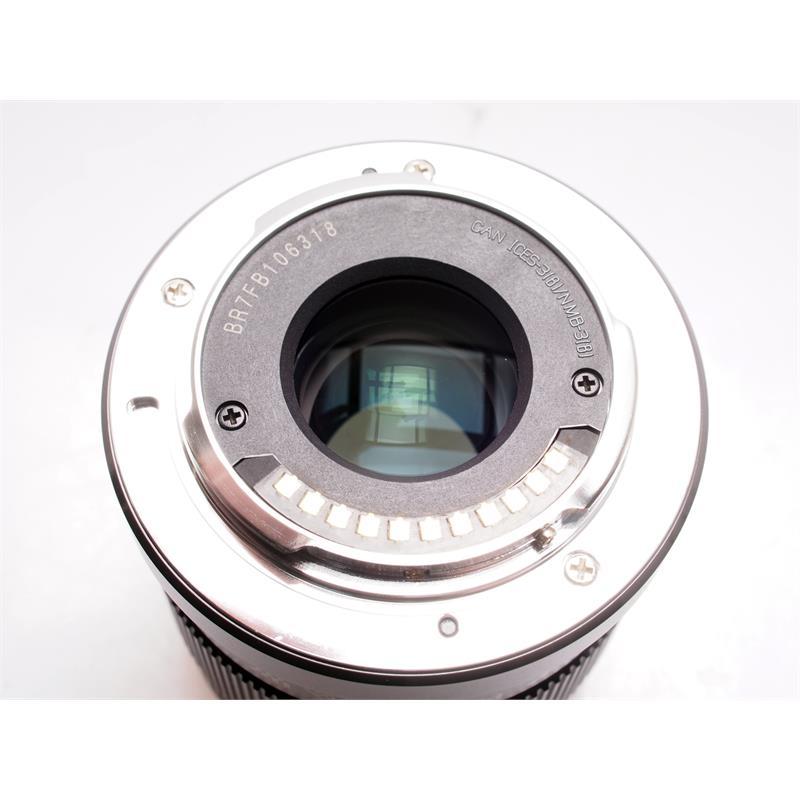 Panasonic 42.5mm F1.7 ASPH - Black Thumbnail Image 2