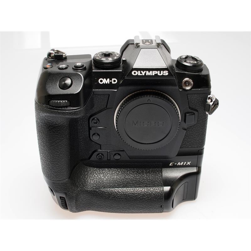 Olympus OM-D E-M1X Body Only - Black Thumbnail Image 0