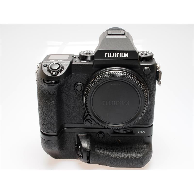 Fujifilm GFX 50S Body + VG-GFX1 Grip Thumbnail Image 0