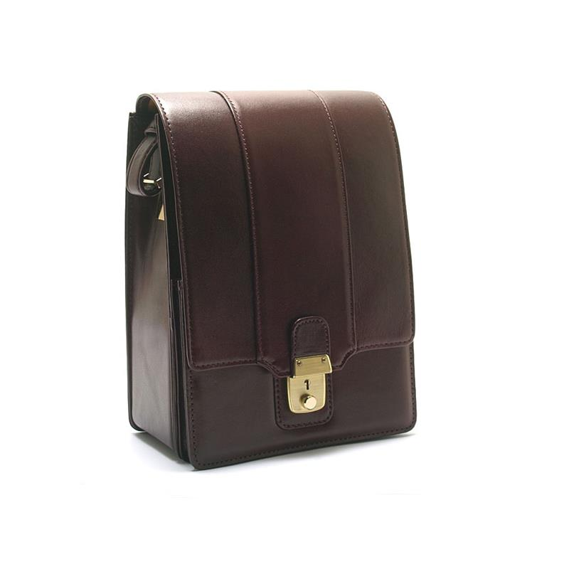 Minolta CLE Shoulder Case Image 1