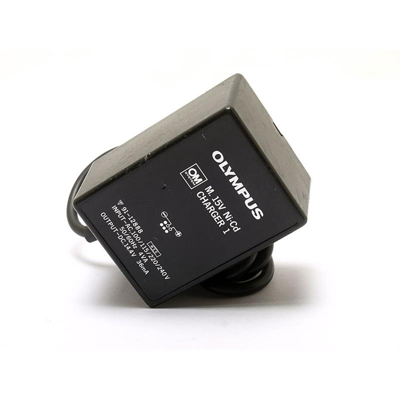 Olympus M.15V Nicad Charger 1 Image 1